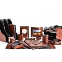 Настольный набор из кожи TOSCANA TAN/CUOIETTO шоколад 22 предмета