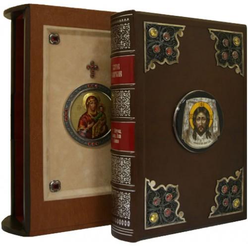Святое Евангелие в лакированной шкатулке. Экземпляр №11