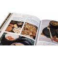 «Охотничья кухня» в составном французском переплете с рельефным золотым тиснением 1