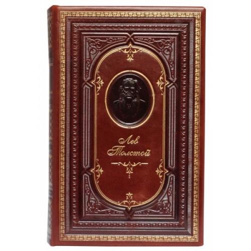Книга Лев Толстой «Война и мир» в кожаном переплете с тисненным портретом автора