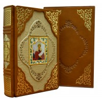 «Семейная Библия» в кожаном переплете ручной работы с рельефным цветным и глубоким блинтовым тиснением