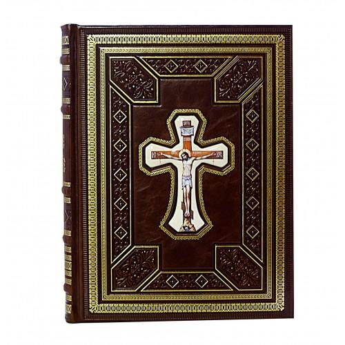 """Подарочная книга """"Святое Евангелие на церковнославянском со вставкой финифть"""""""